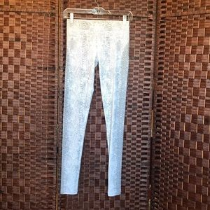 Rock & Republic snake print leggings Size M
